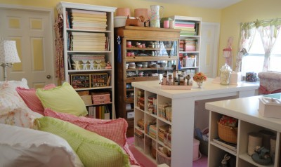 The quilting diaries my ideal quilting studio for Quilt room design ideas