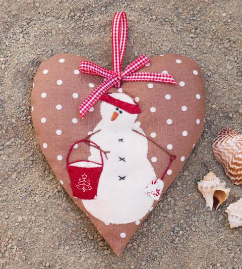 Snow Happy Hearts 4