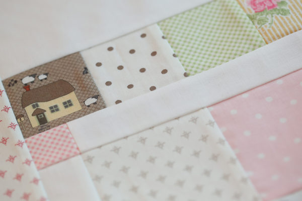 Cottontail Cottage Fussy Cut Block